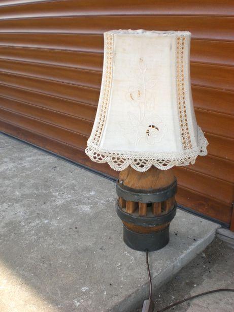 lampa drewniana antyk retro lampa z piasty koła , z niemiec vintage