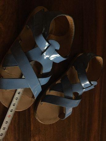 sandałki 19 cm , rozmiar 29