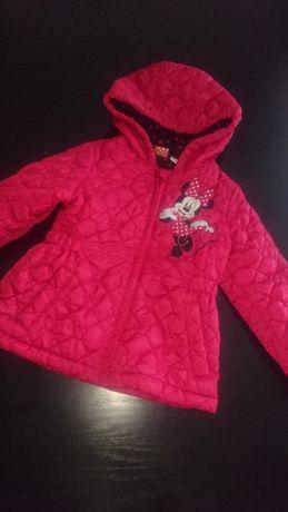 śliczna kurteczka pikowana Disney rozmiar 110