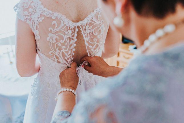 Suknia ślubna 42 kolekcja 2019