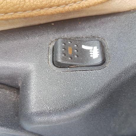 Włącznik podgrzewania foteli Alfa Romeo GT 147 Lublin