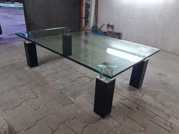 Stół szklany, szkło hartowane.