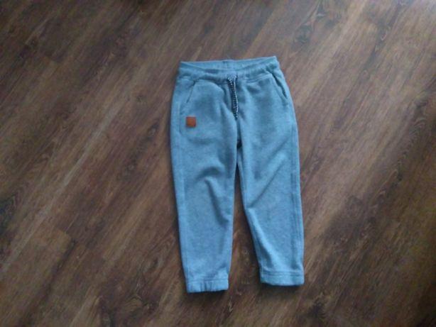 spodnie dresowe cool club 104 cm