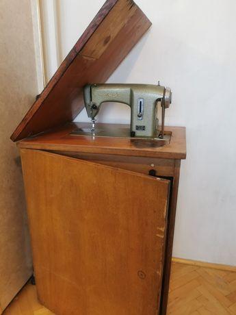 Maszyna do szycia prl. Lucznik