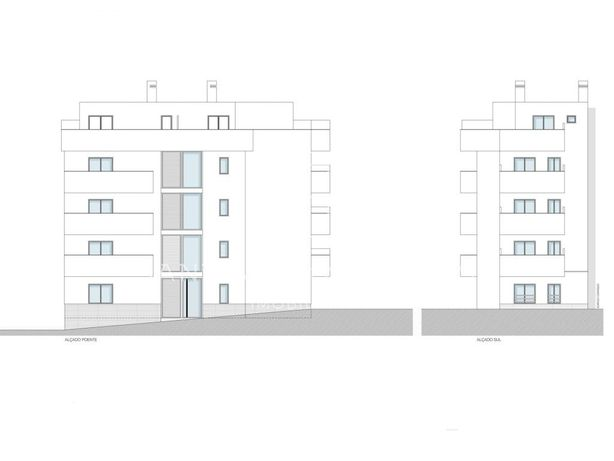Apartamento T0+3 em construção a cerca de 150 metros da p...