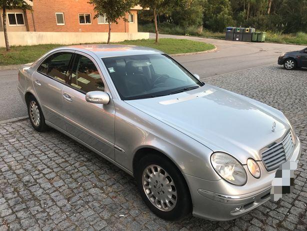 Mercedes E220 CDI (viatura com 1 registo nacional/ importada)