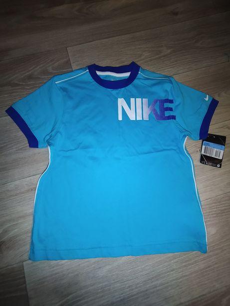 Новая футболка Nike 5-6 лет, 110-116 см