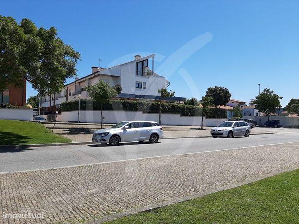 Moradia Nova T5 de Luxo com garagem fechada - Centro de V...