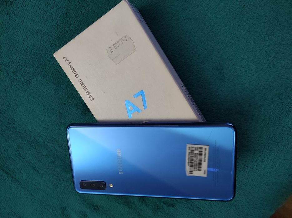 Samsung Galaxy A7 Księżyno - image 1