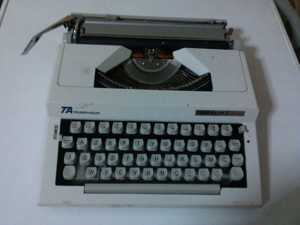 vendo maquina de escrever CONDESSA 2 DE LUXE