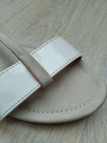 Sandały Camaieu beżowe śliczne 38