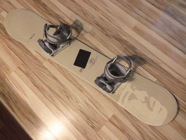 Deska snowboardowa z wiązaniami 150cm