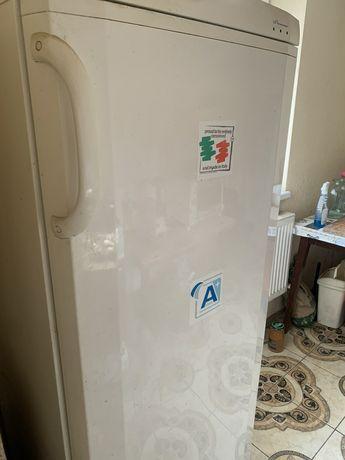 Продам морозильную камеру Ардо, Италия. Рабочая. 5000