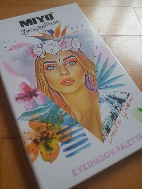 Paletka cieni do powiek Miyo BeautyVtricks Insta Glam
