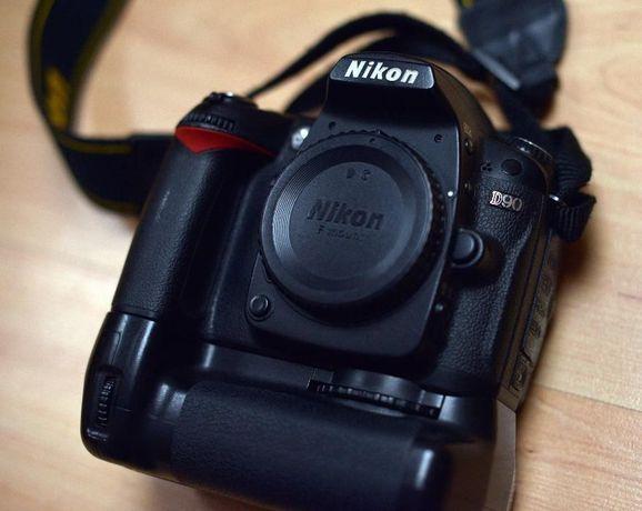 Nikon d90 + grip 2 baterie i karta pamięci