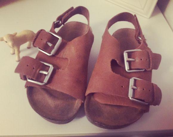 Sandálias bebe Zara 23