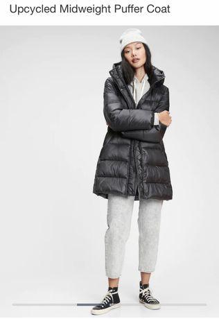 Зимняя удлиненная куртка Gap. Размер М