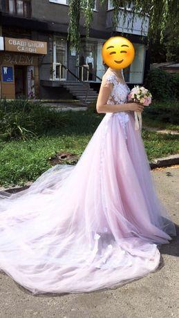 Невероятно красивое свадебное платье!