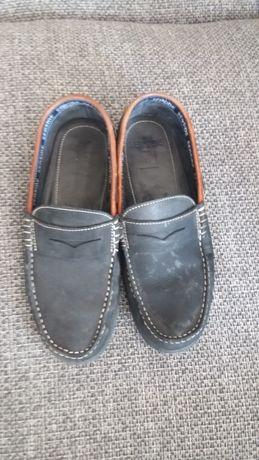 Sapatos de homem n. 42