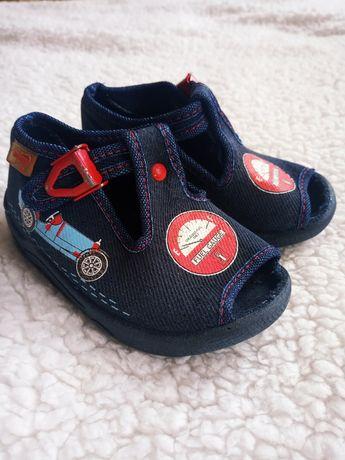 Тапочки, сандали Befado 20 размер