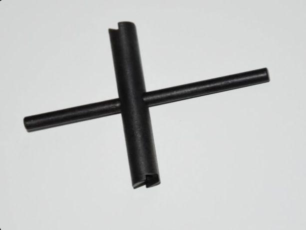 Klucz dwustronny do kominków cal. 36 i 44 rozmiar 4.5mm - czarny proch