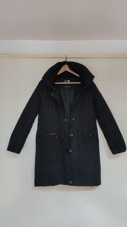 Długa kurtka firmy TTH używana