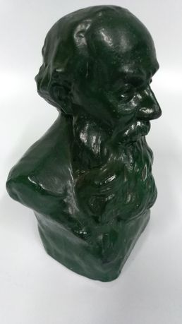 Busto em Terracota de Guerra Junqueiro  em faiança das Caldas