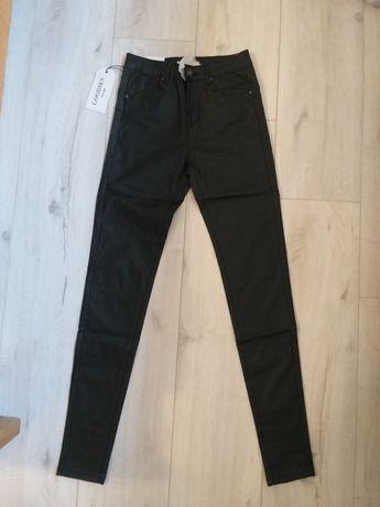 Nowe woskowane spodnie push up