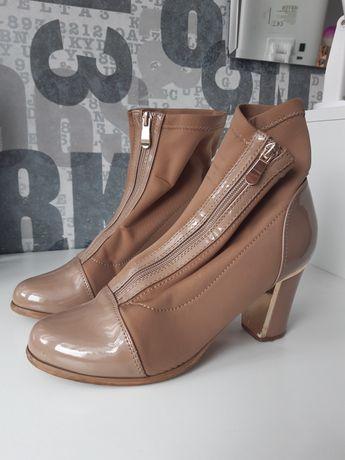 Buty damskie wiosenne na wysokim obcasie
