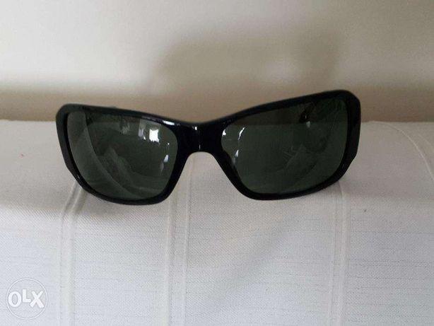 Oculos de sol pretos NOVOS DONNA KAREN autenticos