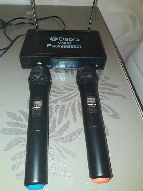 Продам радіосистему Debra V 3002