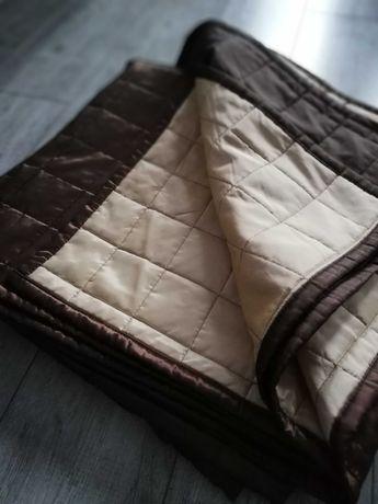 Narzuta na łóżko brąz bez