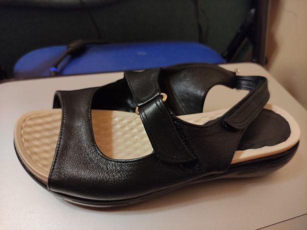 Buty skórzane medyczne