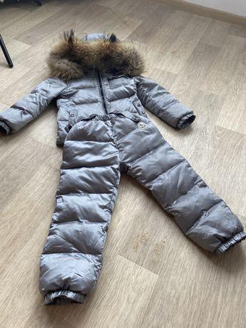 Срочно недорого Пуховик костюм moncler
