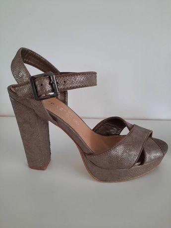 Sandálias Marypaz - tamanho 39