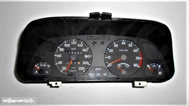 Quadrante Peugeot 306 1.4i - Usado