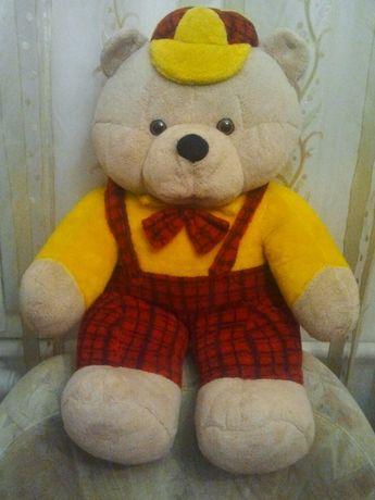 Продам большого мягкого качественного Медведя- гиганта игрушку