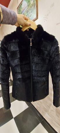 Продам кожано-замшевую куртку с отделкой из норки.