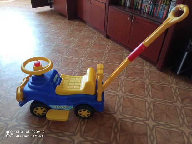Продается детская машина