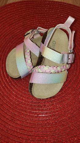 Босоніжки, сандалі, босоножки для девочки Oshkosh