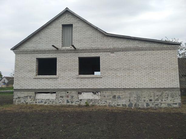 Продам будинок незавершене будівництво в місті Узин