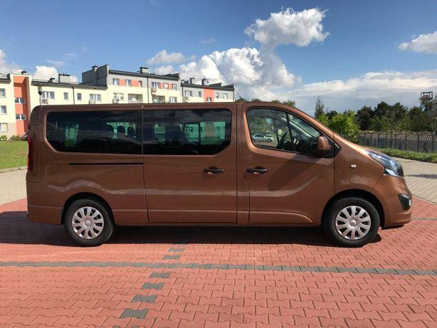 Wypożyczalnia busów Wynajem bus 9 osobowy Opel Viavro Renault Trafic