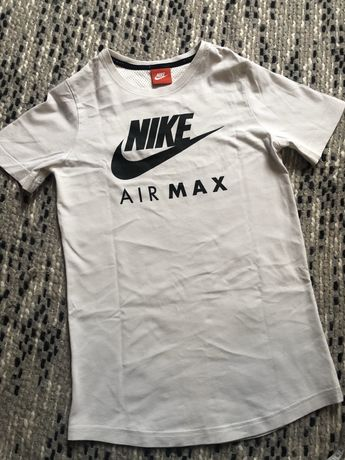 Nike Air Max tshirt XS