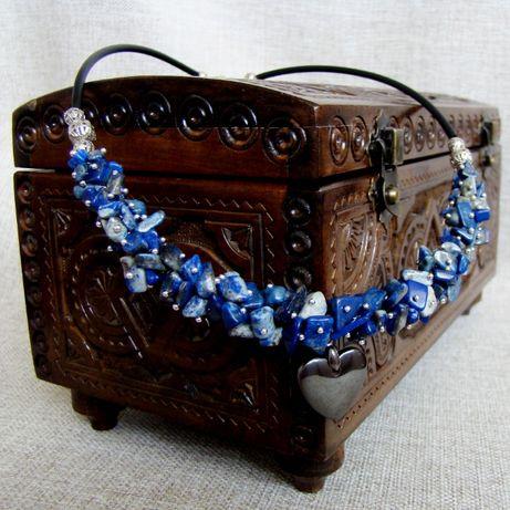 Ожерелье из лазурита с подвеской из гематита