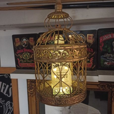 Gaiola com luz led (decoração Jack Daniels ).