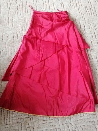 Spódnica strój czerwona karnawał kapturek księżniczka królowa
