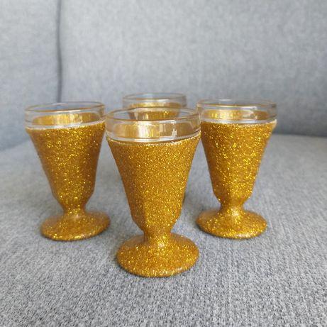 Kieliszki oszukane do wódki 15ml brokat złote para młoda