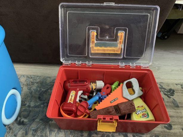 Ящик с инструментами /набор инструментов/для детей/пилка,дрель,молоток