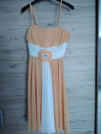 Sukienki w rozmoarze M