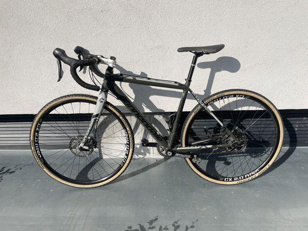 gravel bike/ciclocross cannondale CAADX